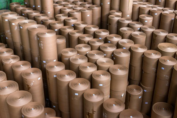 The Benefits of Using Kraft Paper Suppliers